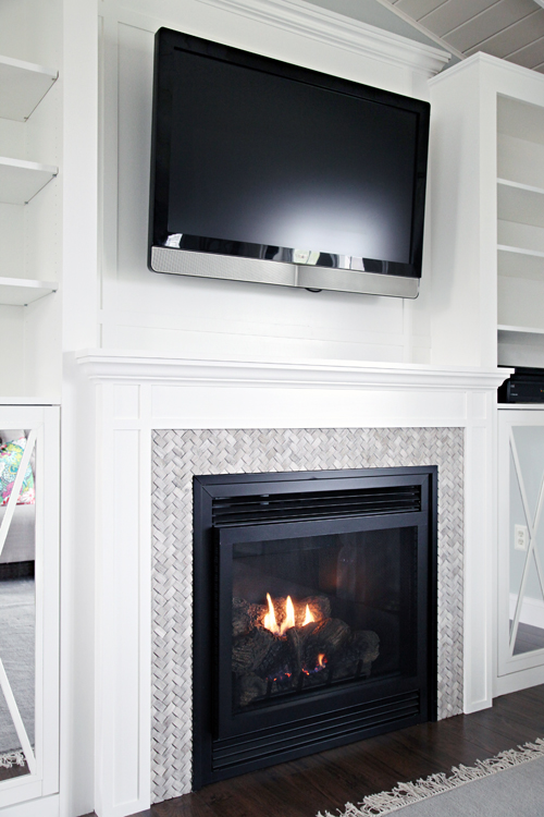 DIY_Fireplace_TV_Mantle_Built-ins_48