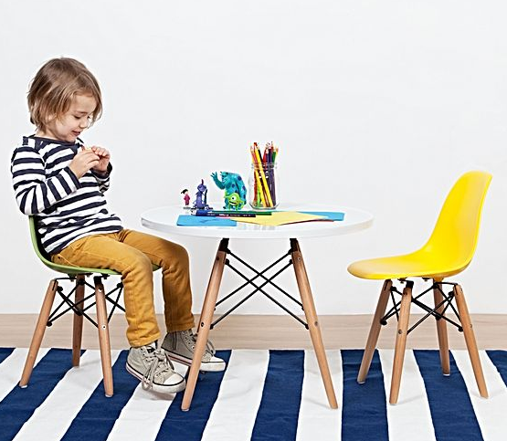 Toddler table and chairs